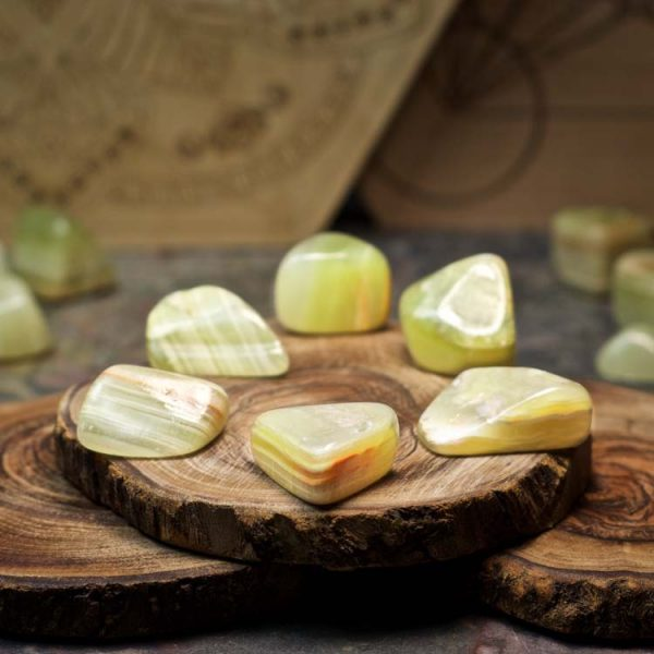 Green Onyx Crystals for Grids from Healing Stones for You