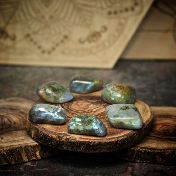 Labradorite Crystals for Grids from Healing Stones for You