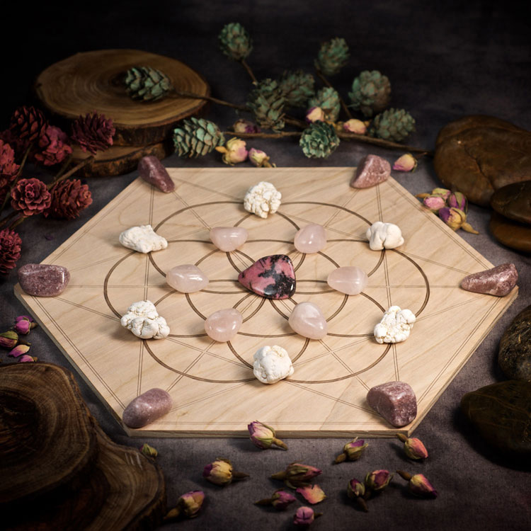 Attract Your Soulmate Large Crystal Grid Set by Healing Stones for You