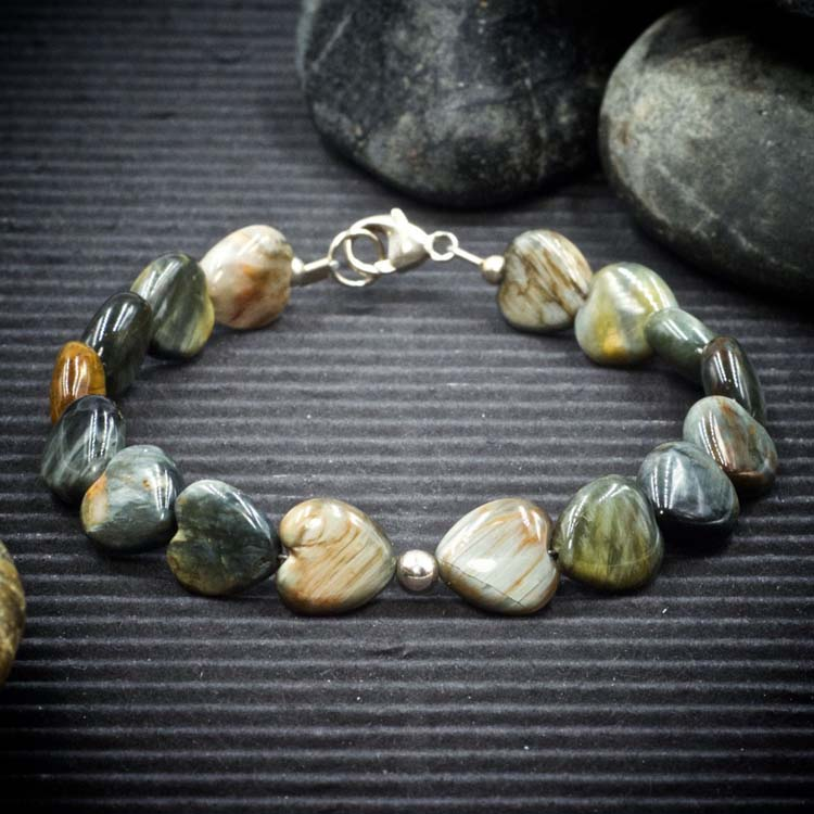 Eagle Eye Quartz Hearts Bracelet by Healing Stones for You